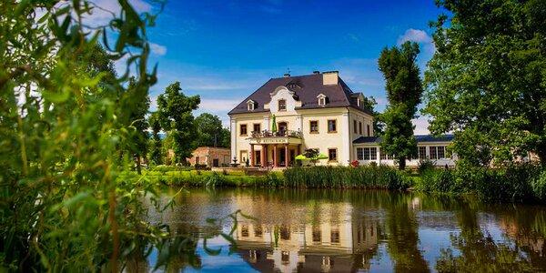 Wellness pobyt v zámku pri jazere - chutná strava a výhľad na Krkonoše