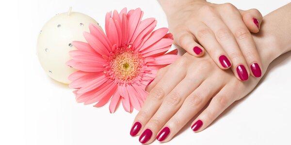 Prášková metóda pre krásu a výživu nechtov