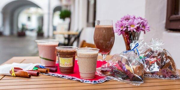 Raw vegan milkshakes či ovocné rolky a čipsy