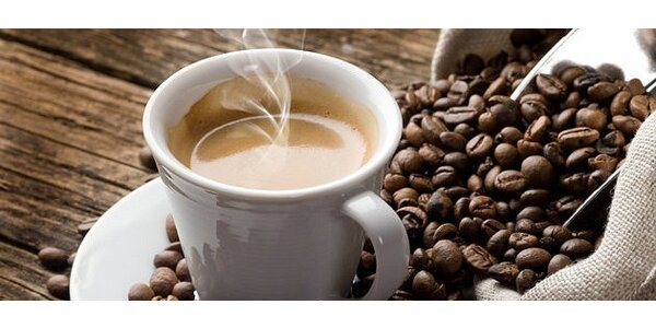 TRIESTE najlepšie espresso v meste. Lahodná káva, minerálka a chutná bábovka…