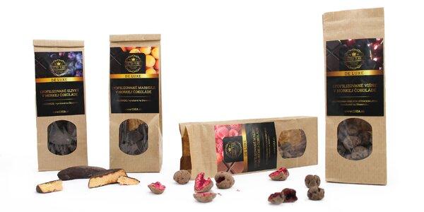Mrazom sušené ovocie v mliečnej či horkej čokoláde
