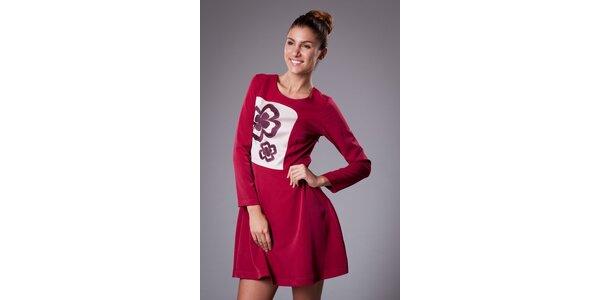 Dámske červené šaty ByLu s výšivkou