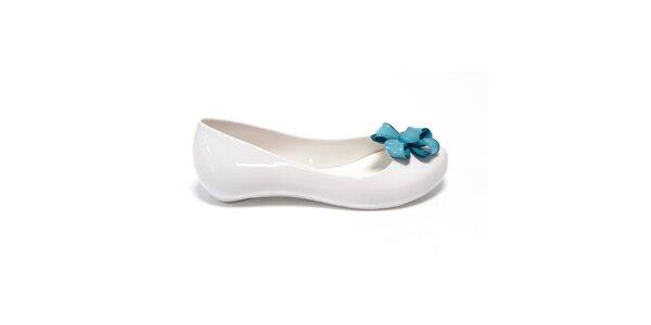 Dievčenské biele balerínky s modrou kvetinou Favolla