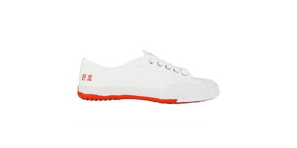 Nízke bielo-červené tenisky so znakmi Shulong