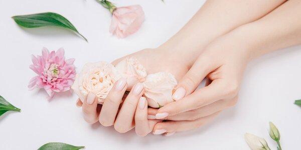 Regenerácia, manikúra alebo super gélové nechty