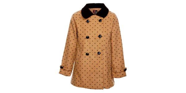 Dámsky svetlo hnedý zimný kabát Yumi s čiernym potiskom