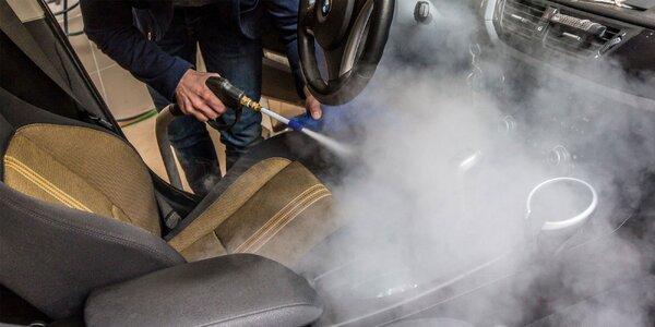 Kompletná parná dezinfekcia auta zvnútra aj zvonka