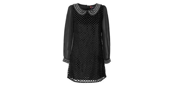 Dámske čierne šaty Yumi s perlovým límčekom