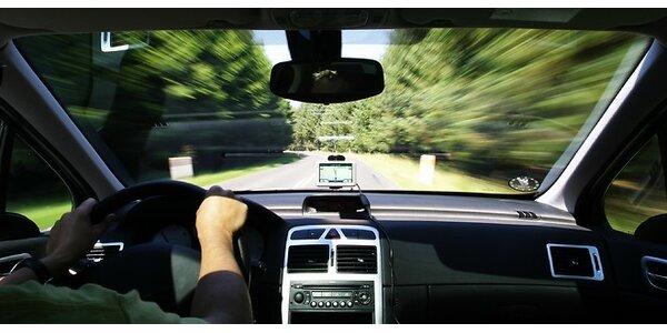 Pohodlnejšie, bezpečnejšie a bez pokút - držiak do auta na mobil alebo navigáciu