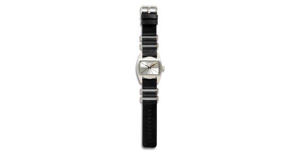 Dámske oceľové hodinky s čiernym koženým remienkom a strieborným ciferníkom 666…