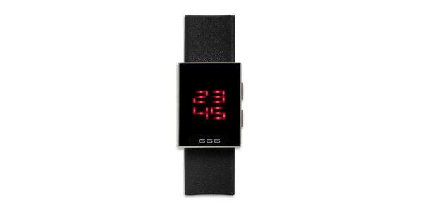 Čierne hranaté digitálne hodinky 666 Barcelona