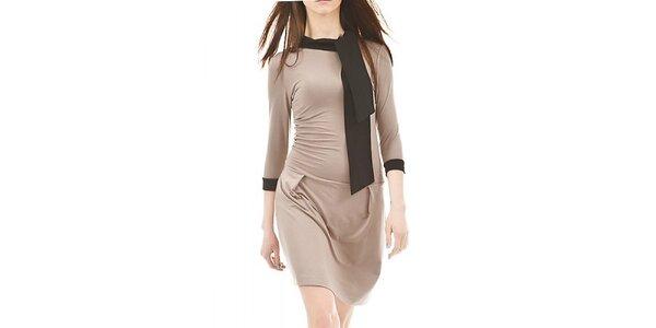 Dámske hnedé šaty s čiernou šálkou Yuliya Babich