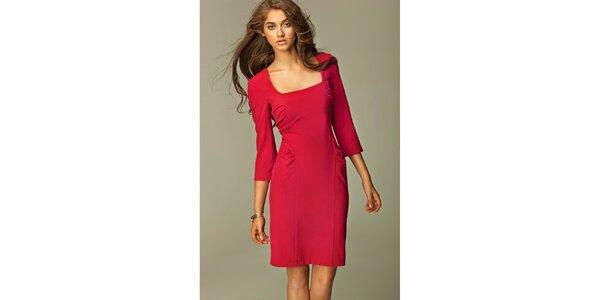 Dámske červené šaty s ozdobnými skladmi Nife
