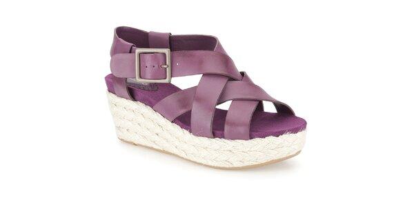Dámske fuchsiové sandálky na bielom kline Clarks