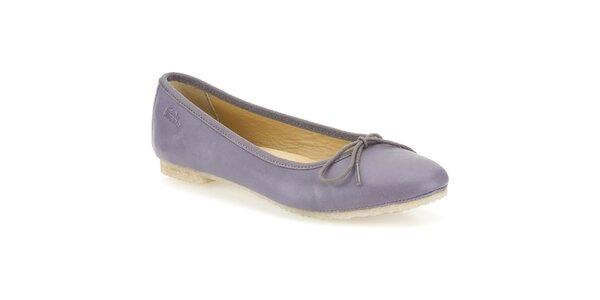 Dámske kožené fialkové baleríny Clarks