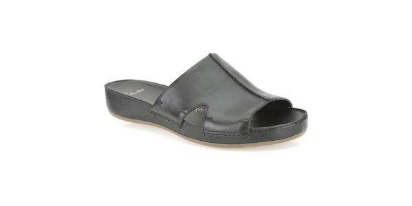 Dámske čierne kožené šľapky Clarks