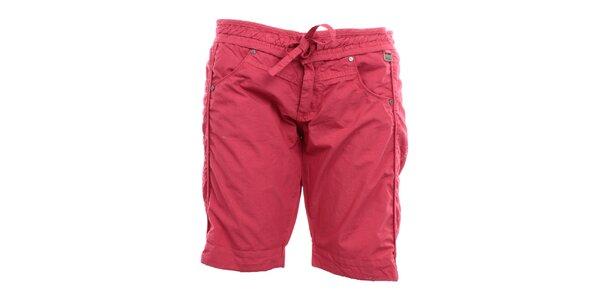 Dámske tmavo ružové kraťasy s mašľou Exe Jeans