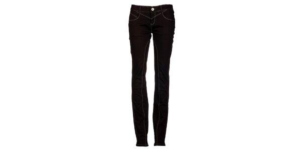 Dámske úzke čierne džínsy s prešívaním Exe