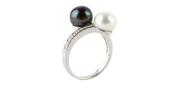 Strieborný prsteň Orchira s dvomi perlami