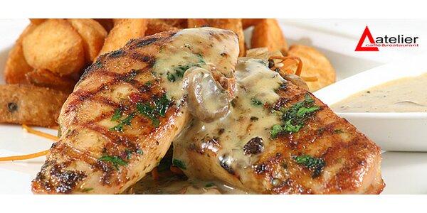 Kurací steak alebo grilovaný hermelín