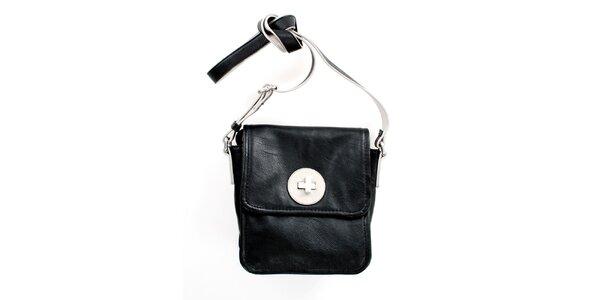 Dámska čierna kabelka cez rameno United Colors of Benetton so strieborným zámkom
