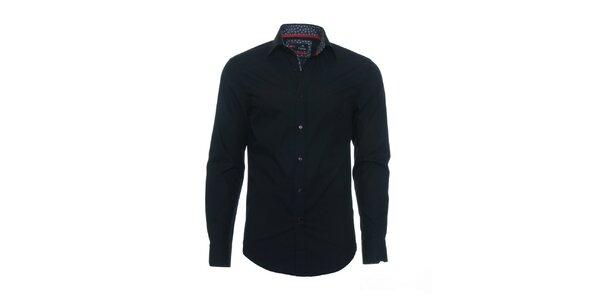 Pánska čierna košeľa Pontto s čiernobielym podšitým límčekom