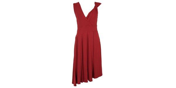 Dámske vínové šaty s bohatou splývavou sukňou CeMe London