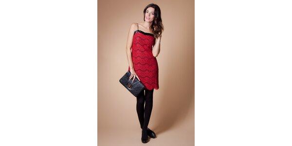 Dámske červené čipkové šaty Poete
