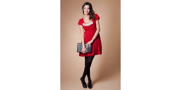 Dámske červené šaty Poete s bielymi ružičkami