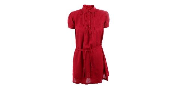 Dámske burgundy šaty so skladmi Tantra