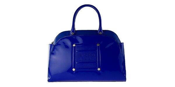 Dámska kráľovsky modrá lakovaná kabelka Versace Jeans