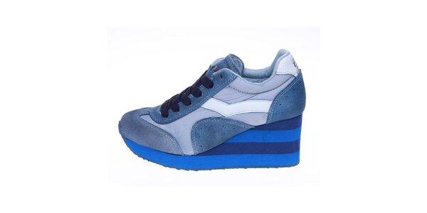 Dámske modré tenisky s pruhovanou platformou GAS