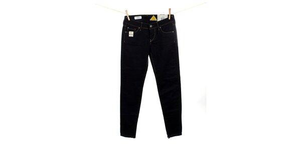 Dámske čierne slim fit džínsy Pepe Jeans