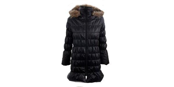 Dámsky čierny kabát s kapucňou Mezzo