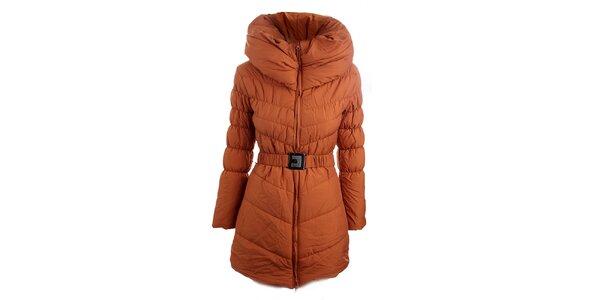 Dámsky tehlovo oranžový prešívaný kabát Fridays Made in Italy