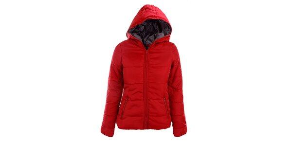 Dámska červená bunda Sisley so šedou podšívkou