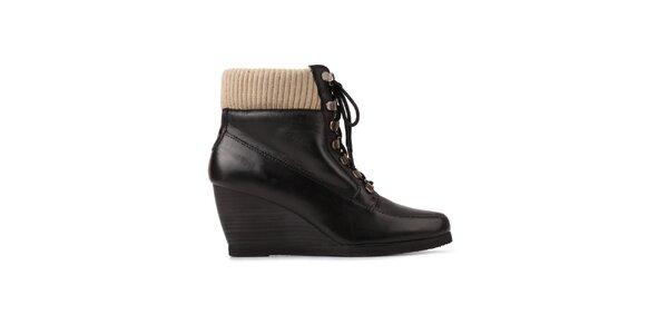 Dámske čierne šnúrovacie topánky Derhy