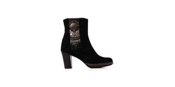 Dámske čierne členkové topánočky s aplikáciami Derhy