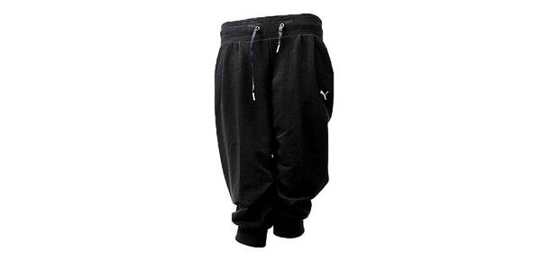 Dámske čierne capri nohavice Puma