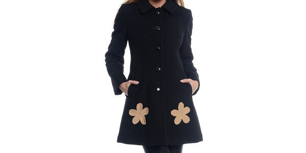 Dámsky čierny kabát s kvetinami Bella
