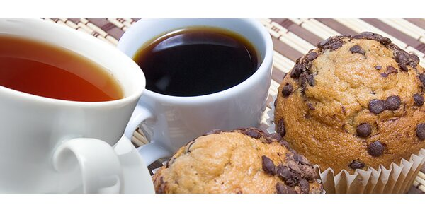 1,49 eur za lahodnú kávu alebo čaj s koláčikom podľa vlastného výberu.