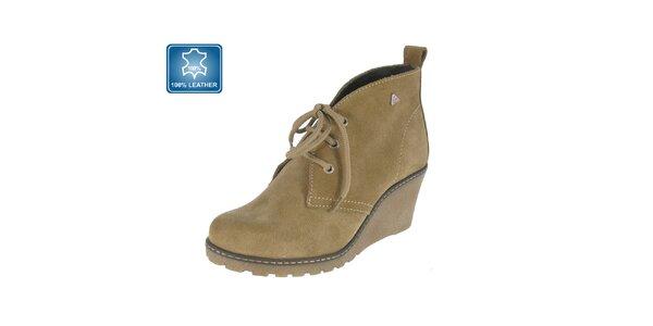 Dámske svetlo hnedé topánky na kline Beppi