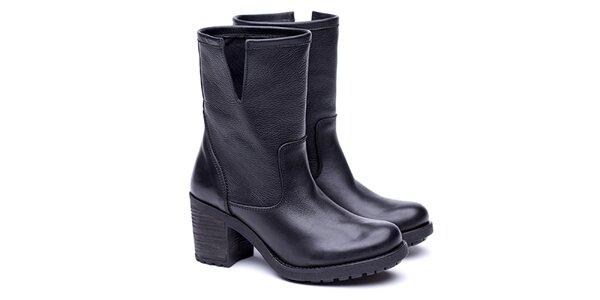 Dámske čierne čižmy Shoe the Bear
