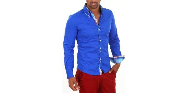 Pánska modrá košeľa s golierikom a modro-bielo-červenou kockou Carisma