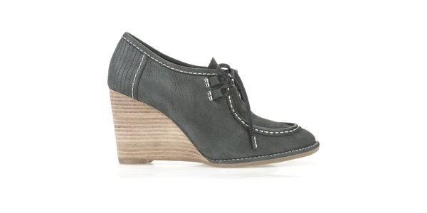 Dámske antracitové topánky na kline Clarks