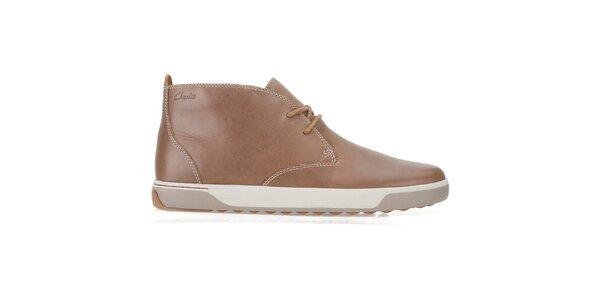 Pánske svetlo hnedé kožené šnurovacie topánky Clarks