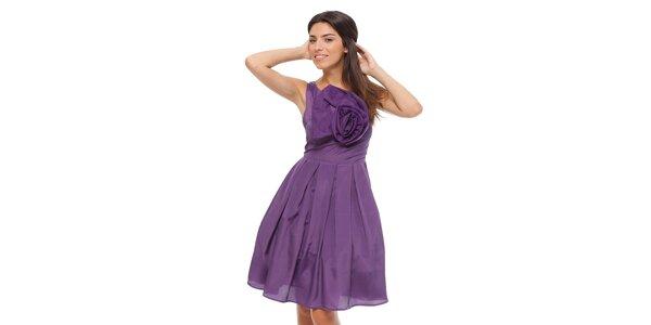 Dámske fialové šaty Strena s veľkou ružou