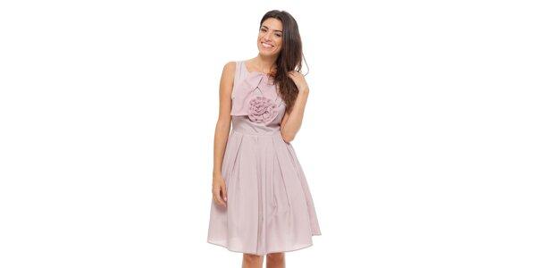 Dámske svetlo ružové šaty Strena s veľkou ružou