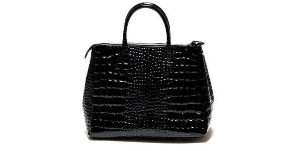 Dámska lesklá čierna kabelka Roberta Minelli s motívom hadej kože