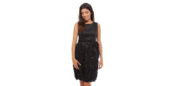 Dámske čierne šaty Strena s ružičkami